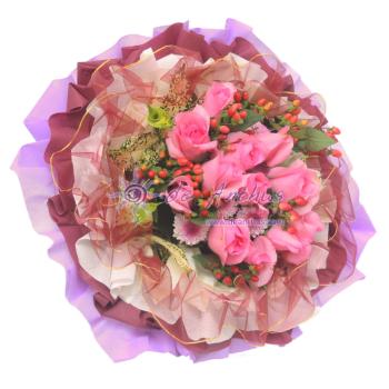 Rose Hand Bouquet