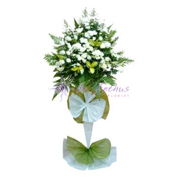 Condolence Wreath Flowers