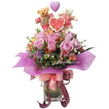 Rose & Couple Bear Clear Vase Bouquet
