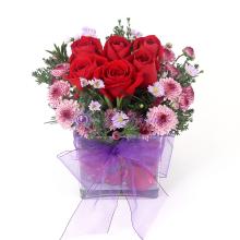 Rose Clear Vase Bouquet