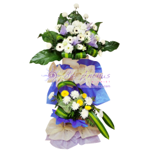 Nirvana Condolence Wreath Flowers