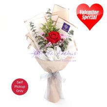 Valentine Rose' 1 Bouquet - Deluxe